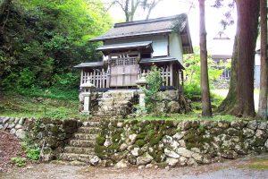 甲頭倉集落(八幡神社)